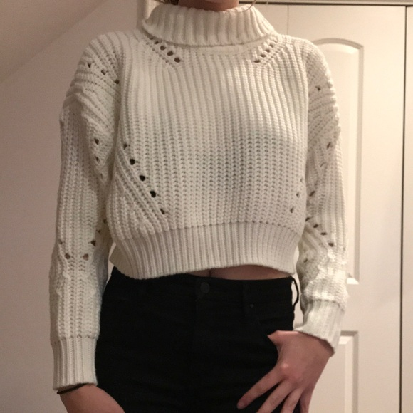 Sweaters - Chunky White Knit Cropped Sweater